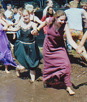 Muddance at Folkwoods 2004, photo by The Mollis